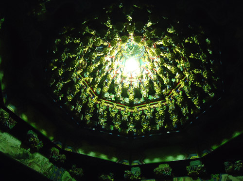Hongludi šventykloje